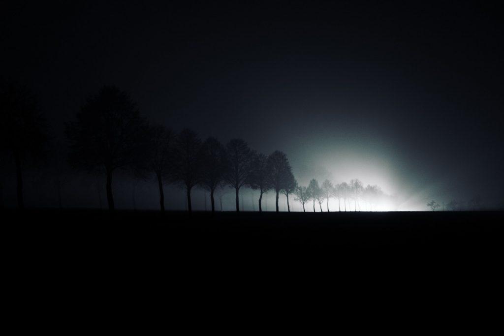 Ténèbres et lumière