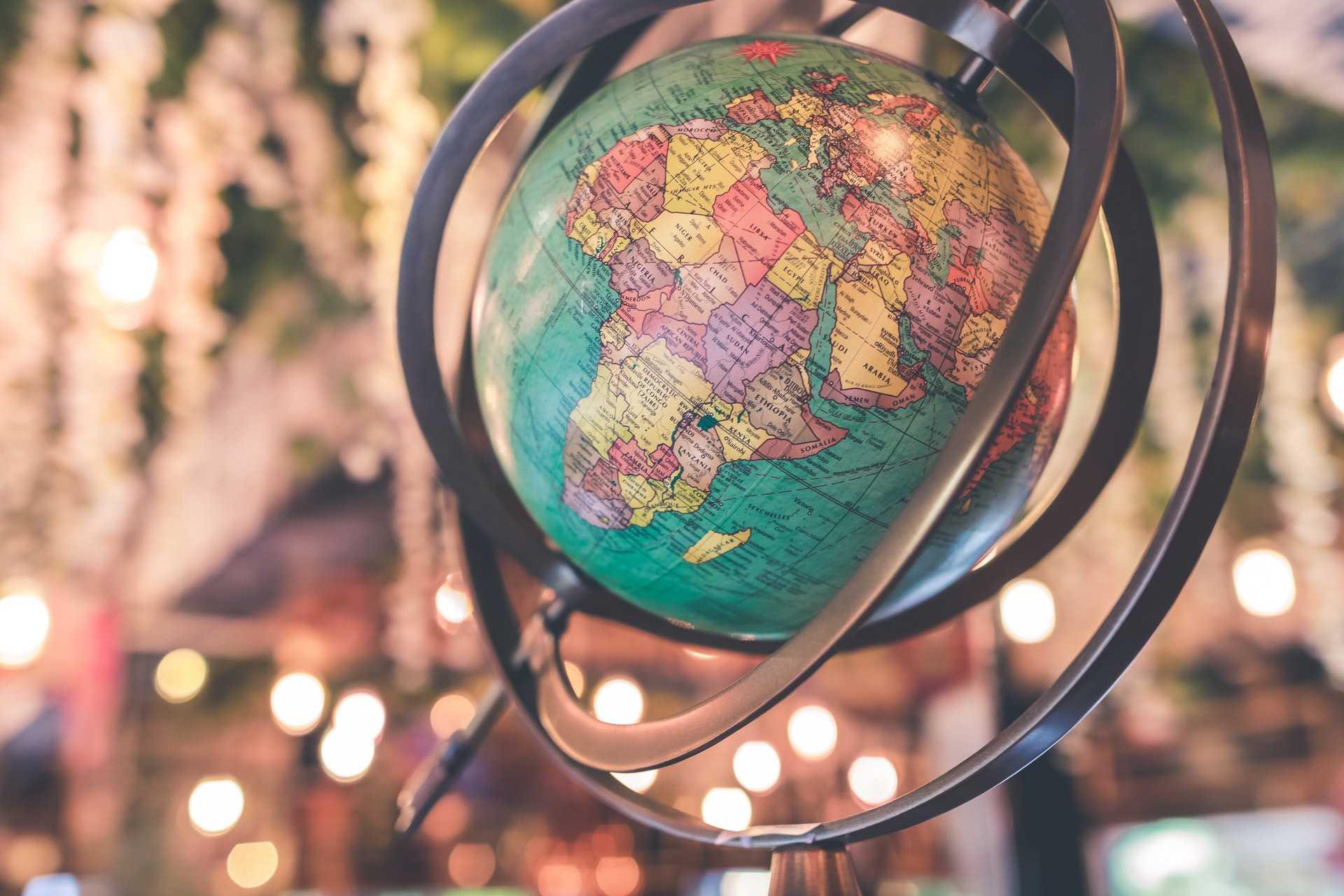 N'aimez point le monde   1 Jean 2 : 14-17 - Méditer la Bible - Présence Divine